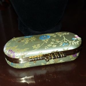 Accessories - Case for Lipstick or Incidentals